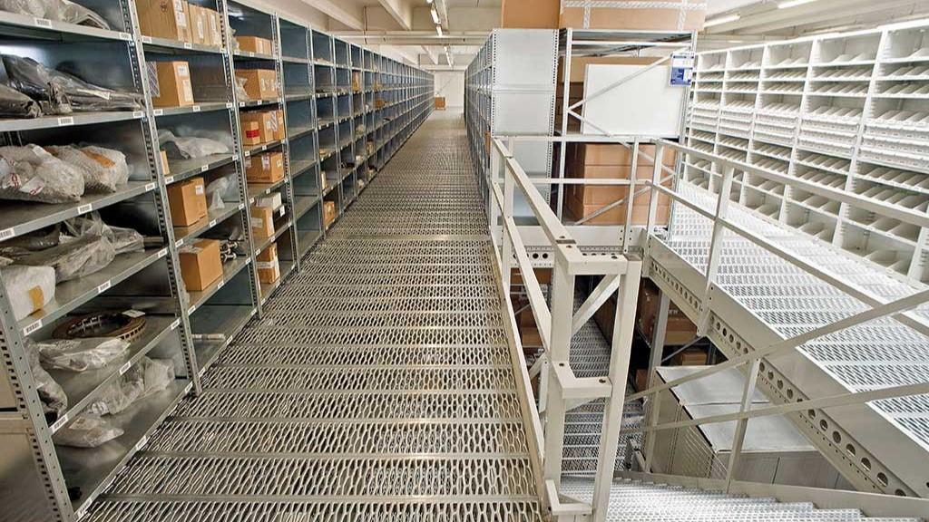 Етажни складови системи